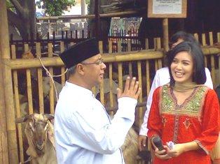 Saya, Marjane Satrapi, Nurul Arifin dan Rieke 'Oneng'