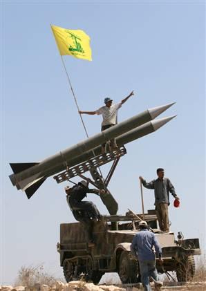 071003_hezbollah_vmed_7pwidec.jpg