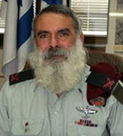 kepala-rabbi-avichai-rontzki